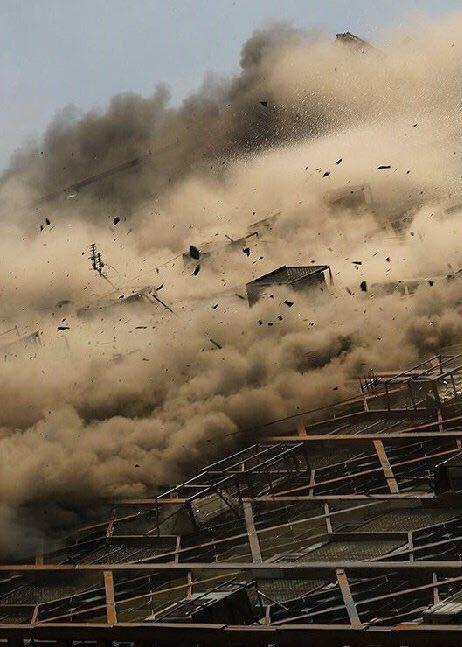 تصویری متفاوت از ریزش ساختمان پلاسکو از نمایی نزدیک