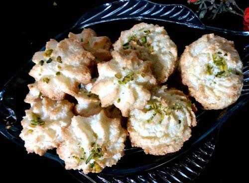 طرز تهیه شیرینی نارگیلی عید
