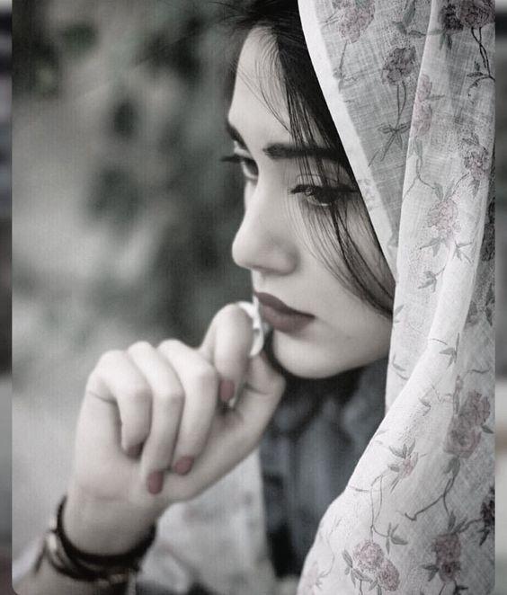 عکس پروفایل دختر چادری غمگین