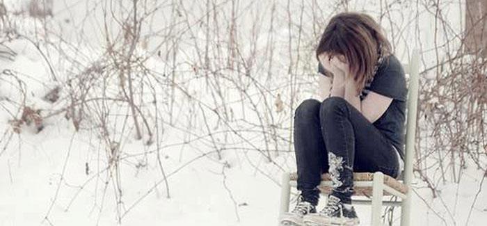 عکس پروفایل با موضوع اشک و تنهایی