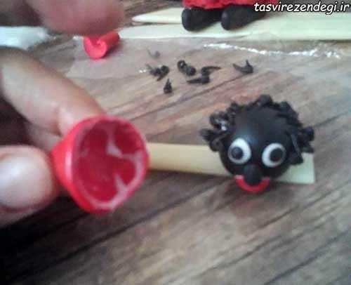 ساخت عروسک حاجی فیروز با خمیر