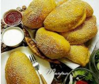 طرز تهیه پیراشکی پیتزایی با نان شویدی