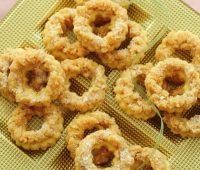 طرز تهیه شیرینی حلقه های نارگیلی