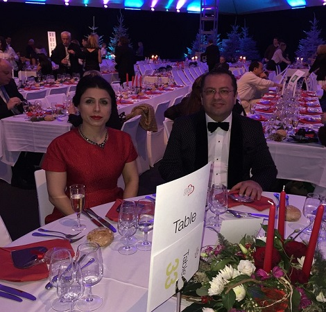 عکس مدیر شبکه جم تی وی در کنار همسرش