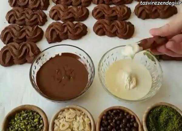 طرز تهیه قرابیه شکلاتی موجی