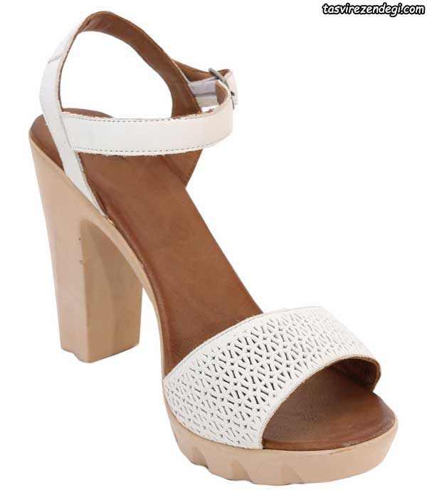 کفش صندل تابستانی پاشنه دار سفید