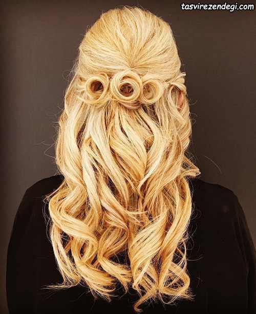 شینیون موی بلند بلوند