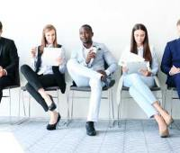 شخصیت شناسی افراد از نوع نشستن آنها را بدانید