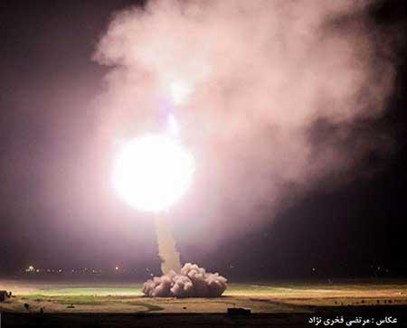 عکس حمله موشکی سپاه از داخل خاک ایران به مواضع داعش در سوریه