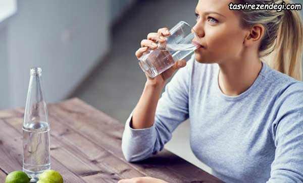 کنترل اشتها با خوردن آب