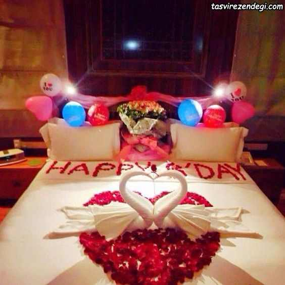 تزیین تخت عروس با گل و بادکنک