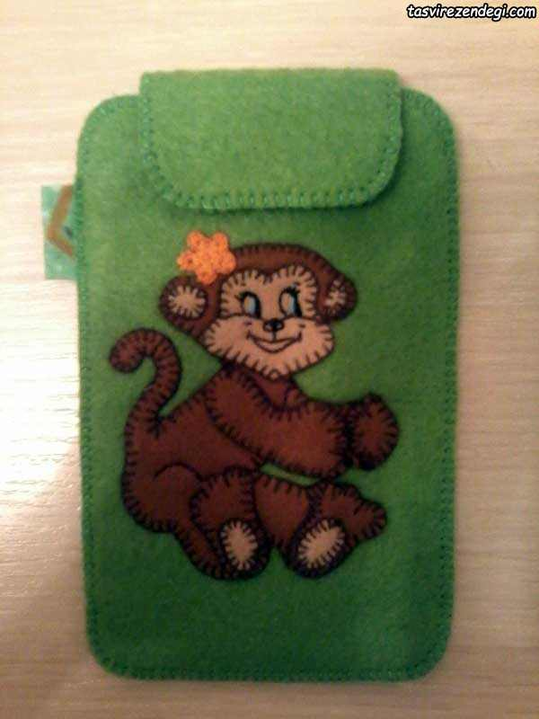 کاور موبایل نمدی طرح میمون
