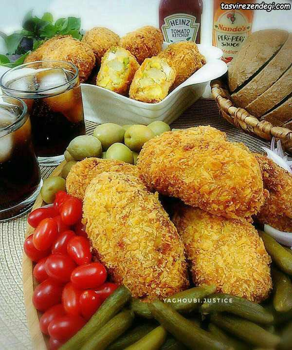 کوکوی مرغ و سبزیجات سوخاری