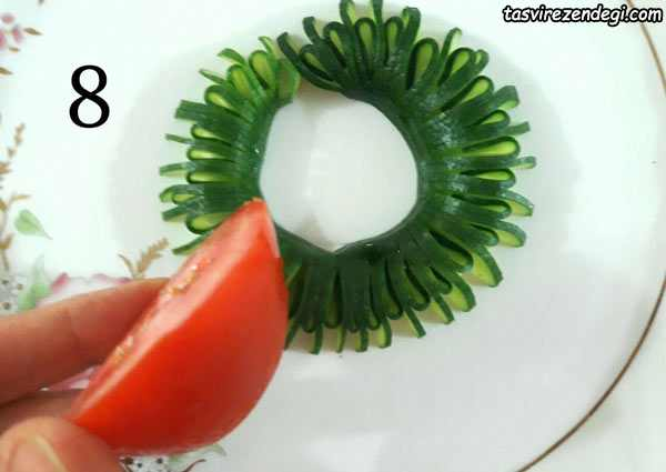 دورچین غذا , تزیین خیار و گوجه