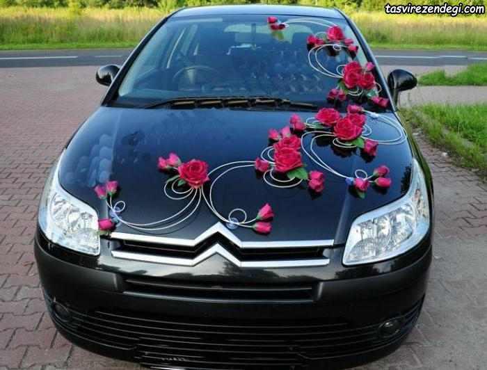 تزیین ماشین عروس مشکی با گل