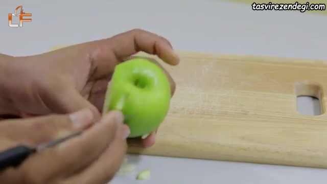 تزیین سیب به شکل جغد