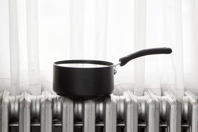 مرطوب کردن هوای خانه بدون دستگاه بخور