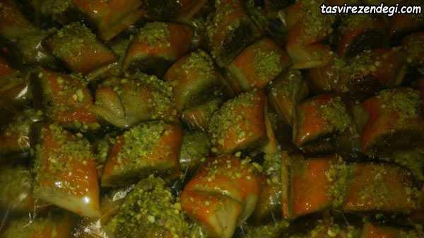 طرز تهیه رولت پسته شیرینی مخصوص عید نوروز و ماه رمضان
