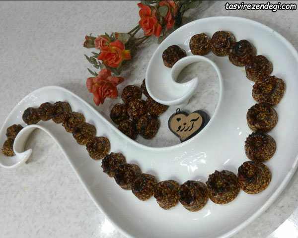 طرز تهیه شکلات کنجدی مقوی و خوشمزه برای عید نوروز