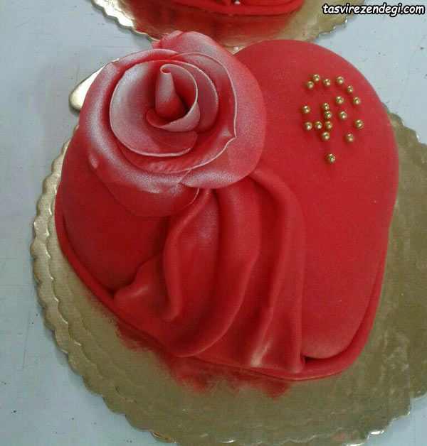 تزیین کیک قلبی , کیک ولنتاین