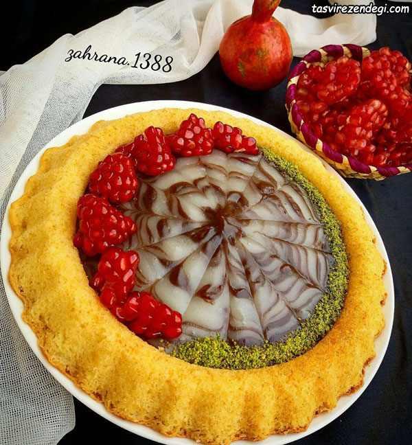 تارت کیک کرمدار
