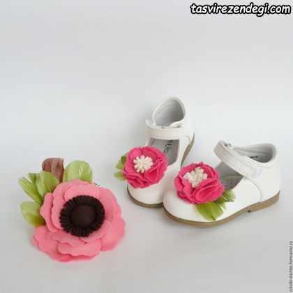 تزیین کفش با گل نمدی