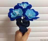 آموزش ساخت دسته گل آبی نمدی