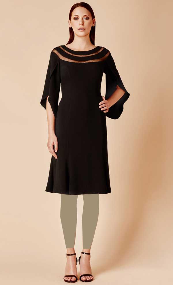 لباس مجلسی مشکی یقه گرد برای افراد با سینه های کوجک