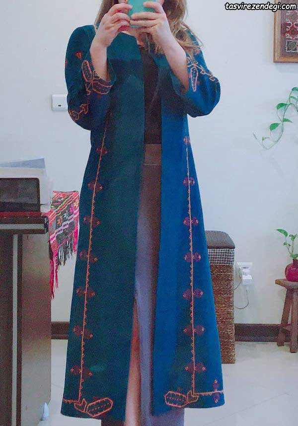 مدل مانتو پاییزه سنتی آبی تیره