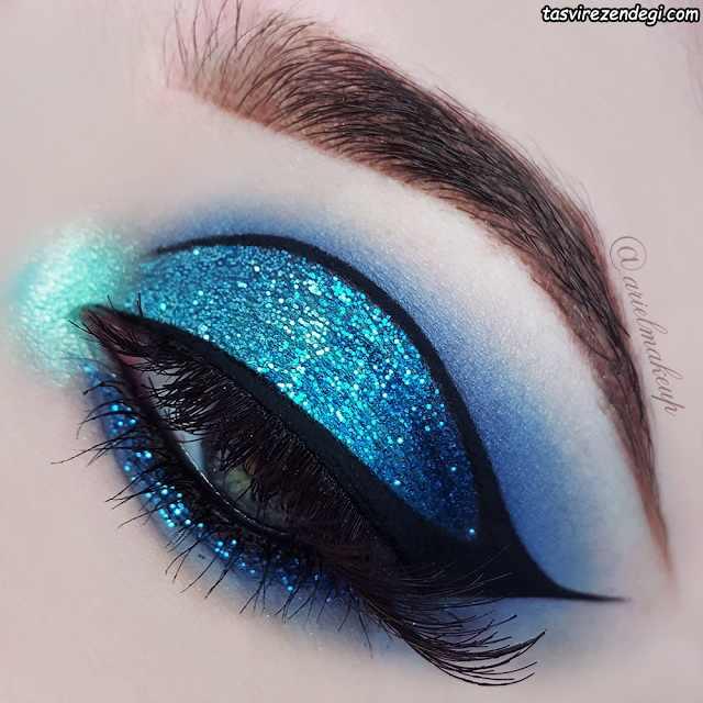 سایه اکلیلی آبی و خط چشم گربه ای