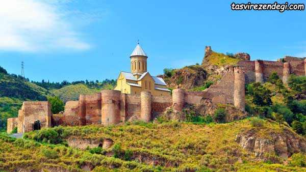 قلعه ناریکالا