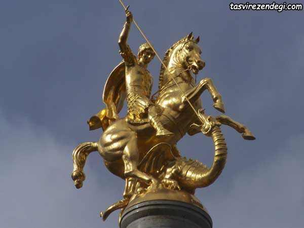 مجسمه طلایی سنت جورج سفر به گرجستان