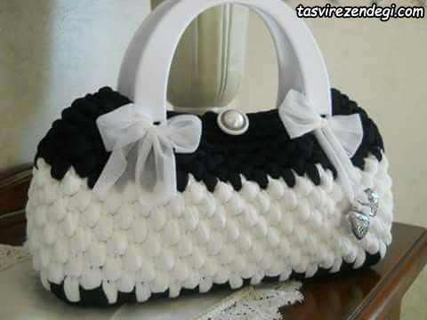کیف تریکو سفید و مشکی