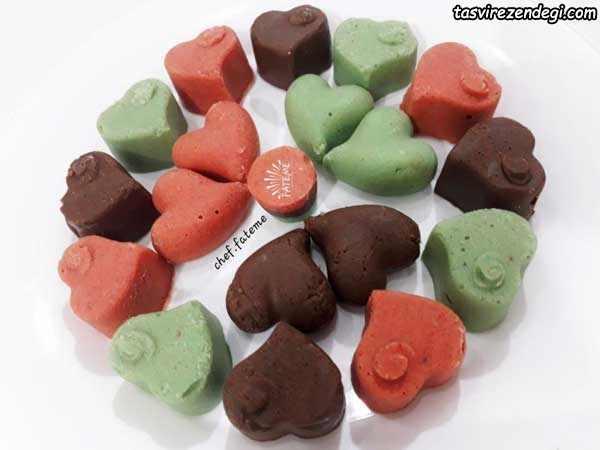 حلوا شکلاتی سه رنگ