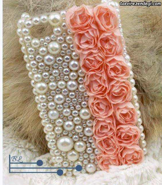 تزیین قاب موبایل با گل و مروارید لپه ای