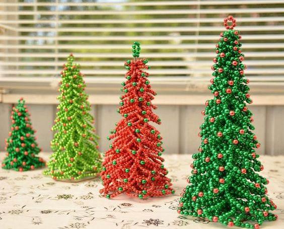 ساخت درخت کریسمس با مروارید رنگی