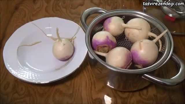 طرز تهیه شلغم بخارپز