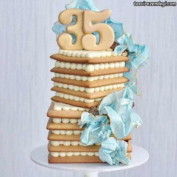 بیسکو کیک مکعبی