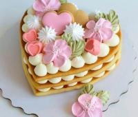 مدل تزیین بیسکو کیک قلبی