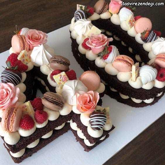 تزیین کیک بیسکوئیت کاکائویی