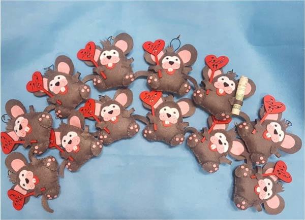 گیفت عروسک موش