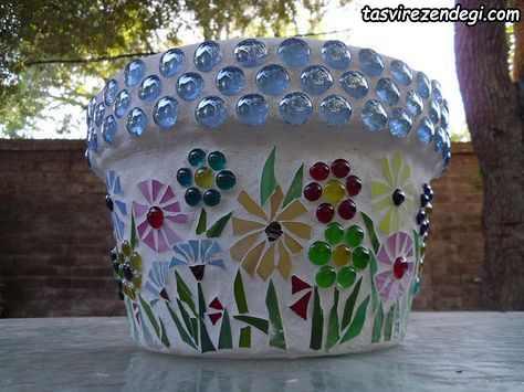 تزیین گلدان با کاشی نگین