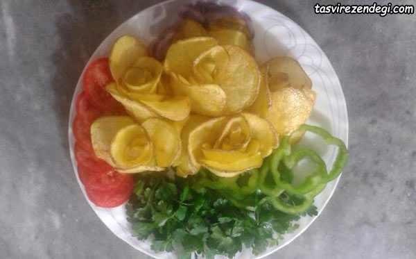 تزیین سیب زمینی به شکل گل رز
