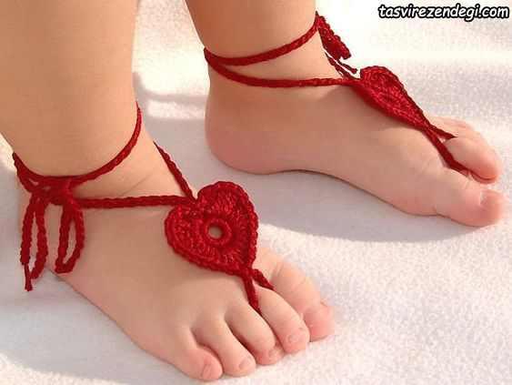 مدل پابند قلاب بافی بچگانه قرمز طرح قلب