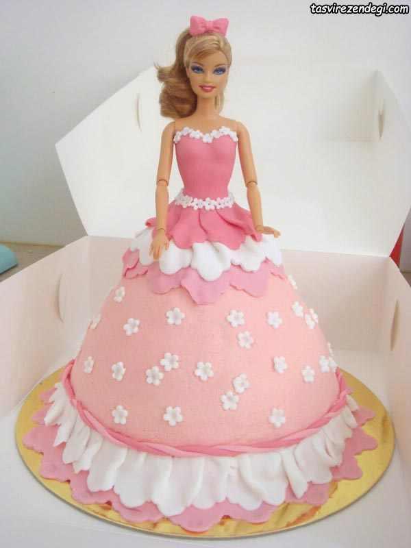 کیک روز دختر عروسکی