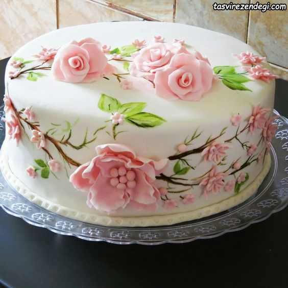 کیک روز دختر رز صورتی
