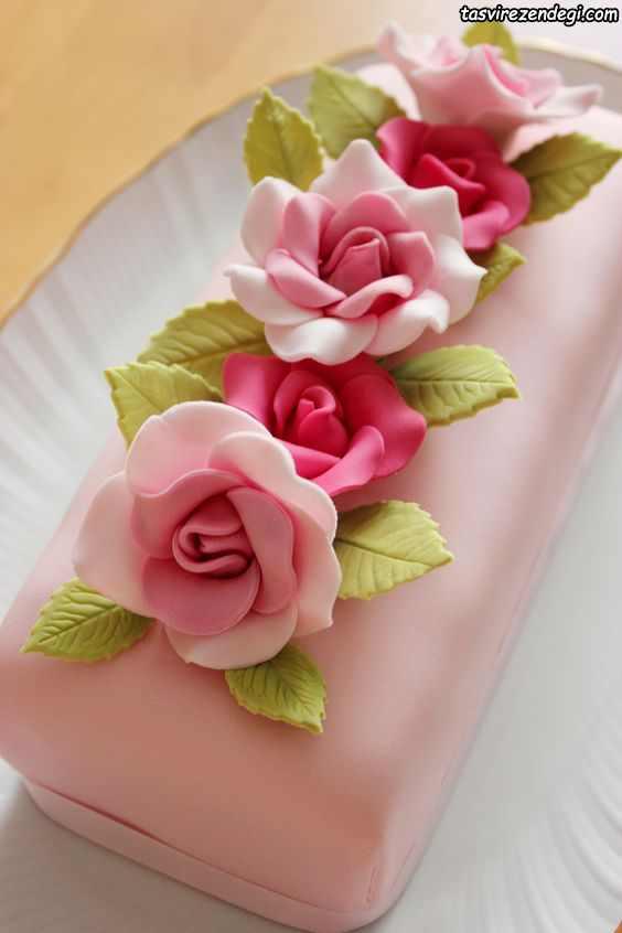 کیک روز دختر صورتی با گل رز