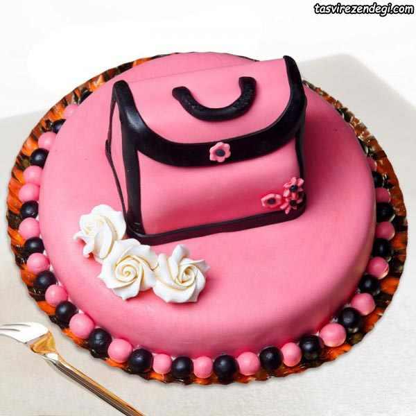 کیک روز دختر کیف صورتی