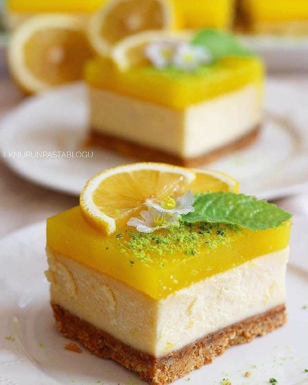 چیز کیک لیمویی کیک پنیر