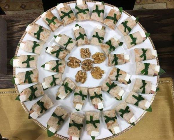 مدل تزیین لقمه نذری نان پنیر سبزی